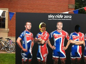 With Mark Cavendish and Sir Chris Hoy on Birmingham Sky Ride