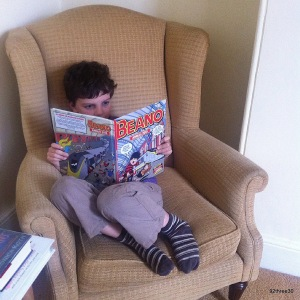 reading the beano annual 2015