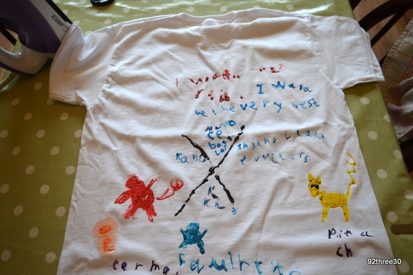 customising a t shirt