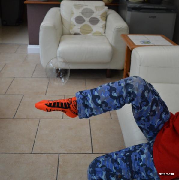 foot bubbles tricks