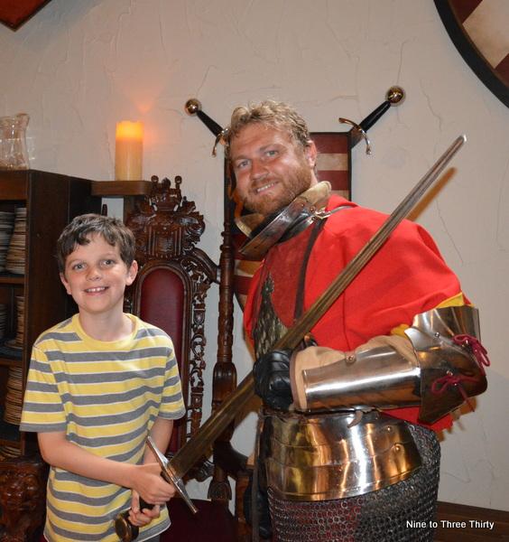 knight warwick castle