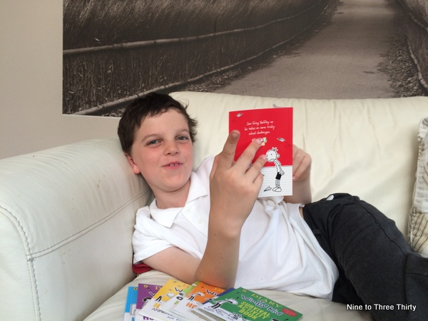 reading wimpy kid books